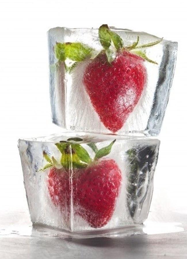 Edible Flower Ice Cubes