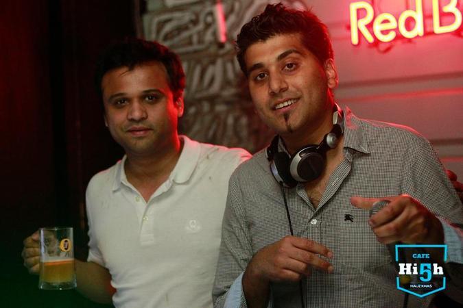 Janam Entertainment    Delhi   Music