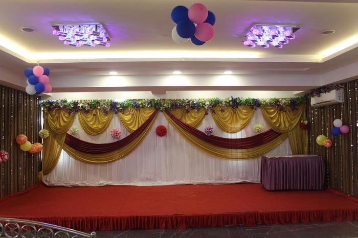Party On Mind (POM), Kandivali West, Mumbai