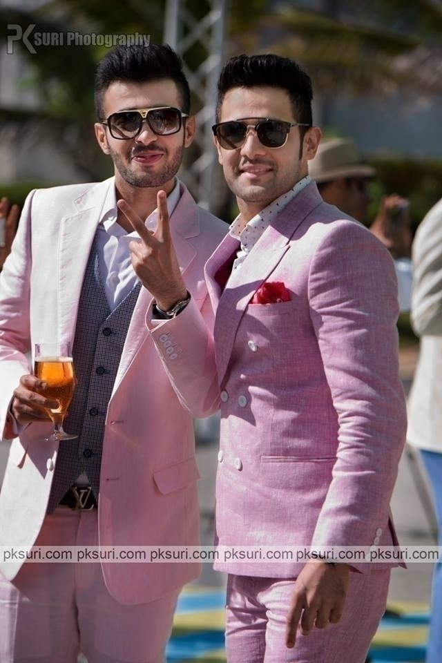 Look Dashing in Pink – Style Guide Handpicked From Our Real Weddings