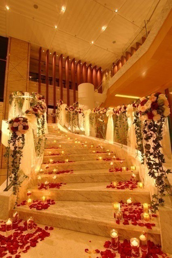 Candle decoration ideas for the wedding entrance