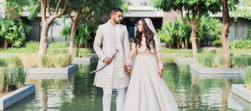 Komal & Roman Mumbai :  This Punjabi bride had an all white wedding and the photos are surreal!