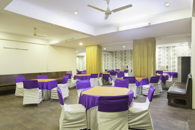 Hotel Palm Tree Palam Vihar Gurugram - Banquet Hall