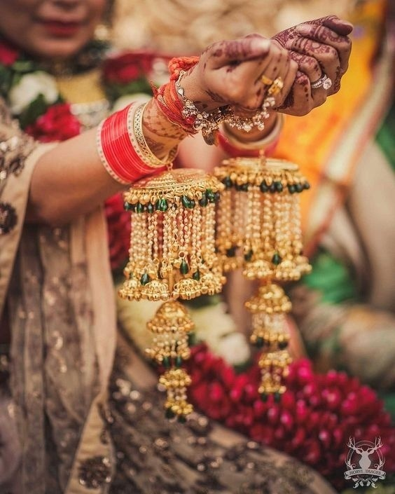 The chooda ceremony is followed by Kalire ceremony at Punjabi wedding that carries a vital significance.