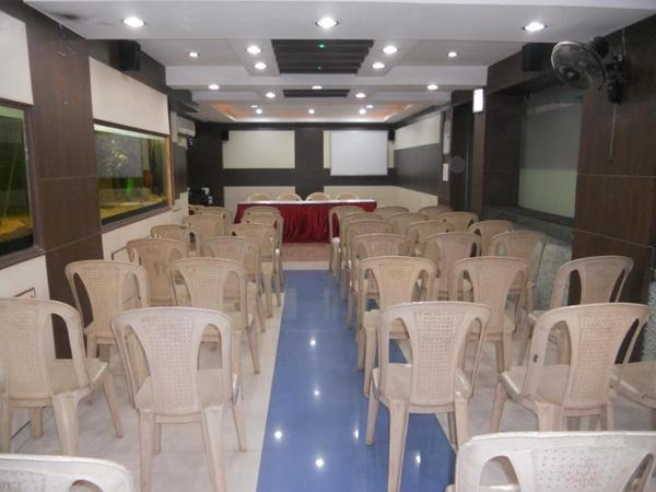 Hotel Aishwariya Park R.S. Puram Coimbatore - Banquet Hall