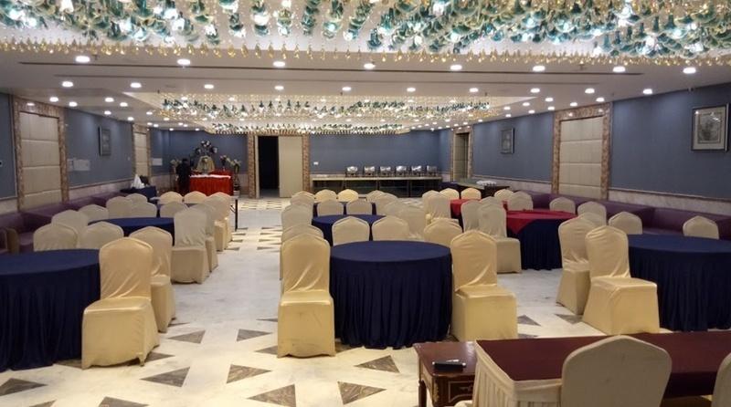 Hotel LB, Sadar, Nagpur