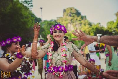 Bride queening her reign with fresh seasonal flowers