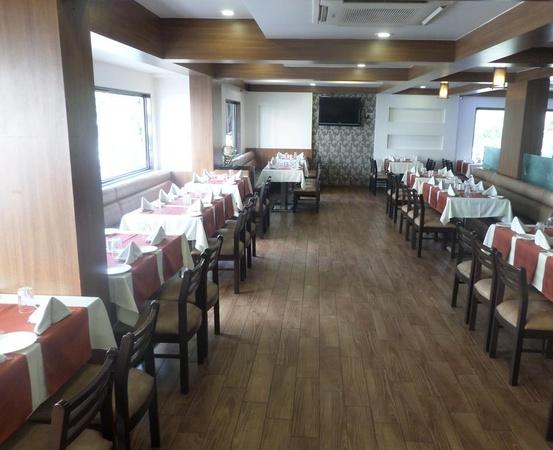 Hotel Risshi Residency Kopar Khairane Mumbai - Banquet Hall