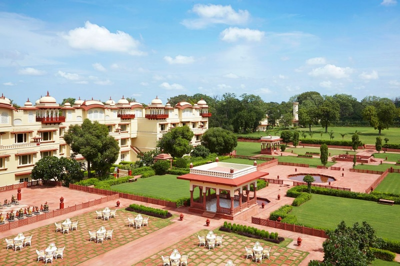 Wedding Lawns in Sirsi Road, Jaipur to Plan a Royal Open-air Celebration