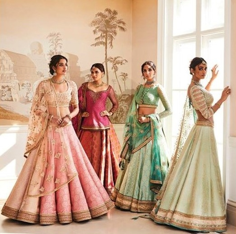 7 Bridal Wear Stores in Vasant Kunj That Every Delhi Bride Must Check Out While Lehenga Shopping!
