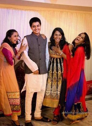 Indian Wedding Photos Indian Wedding Trends Weddingz In