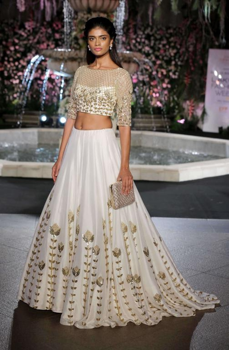 Manish Malhotra LFW W/F 2016: Bridal Fashion You Just Can't Miss Out On!