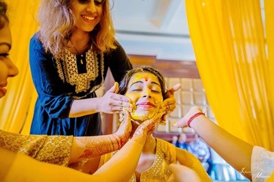 Fun with the bride and her friends during the haldi function