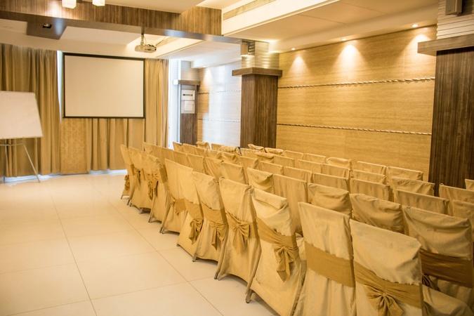 Hotel Alka Residency Thane West Mumbai - Banquet Hall