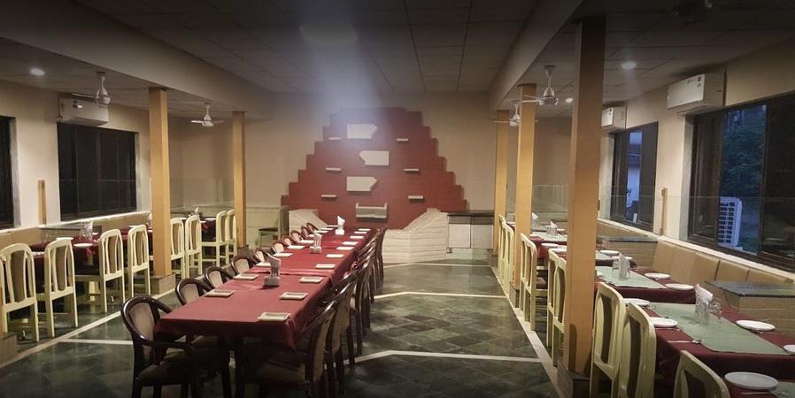 Hotel Derby Ulhasnagar Mumbai - Banquet Hall