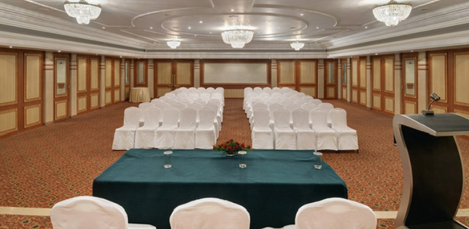 The Pride Hotel Ganeshkhind Pune - Banquet Hall