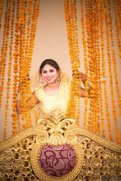 candid bridal photography of the smiling bride
