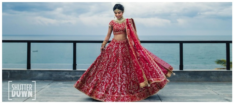 Dhavanil & Priyanka Kerala : Meet Priyanka, a gorgeous bride in red whose wedding pictures will make you spellbound!