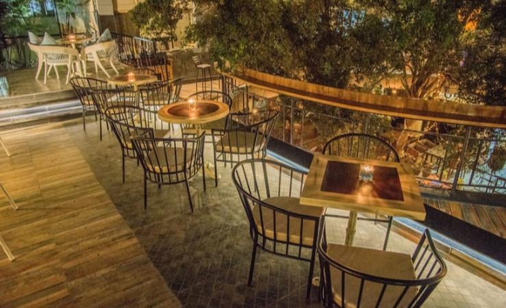 Sandoz Kitchen & Bar Hauz Khas Delhi - Cocktail Venues