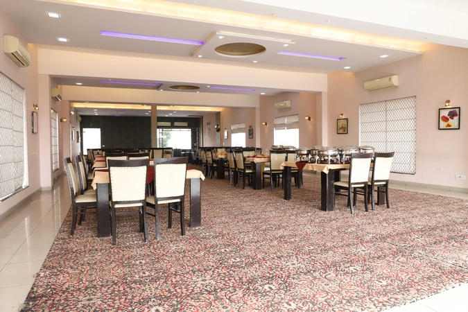 Red Oak Banquet Dugri Ludhiana - Banquet Hall