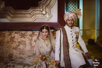 Picture perfect wedding portrait, don't miss out on how tight their holding on to each other
