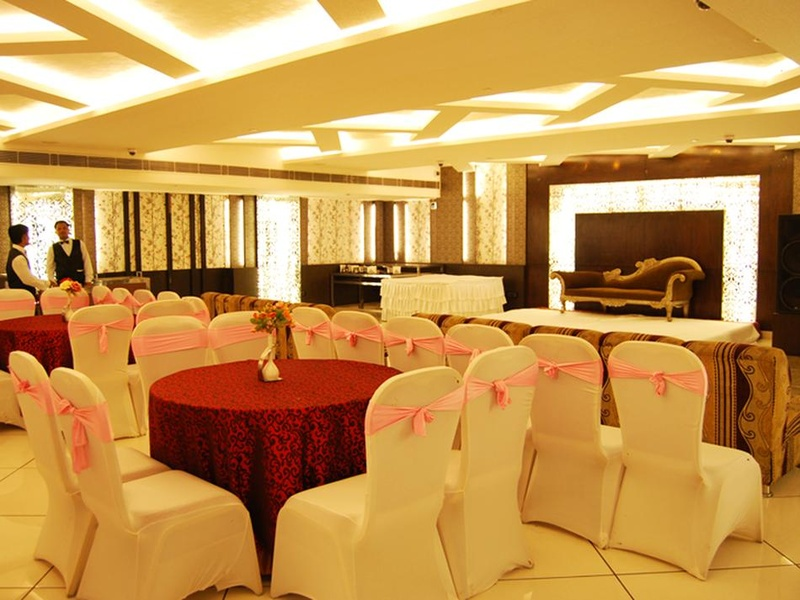 Top Birthday Party Halls near Punjabi Bagh, Delhi Starting at Rs. 775/- PP.