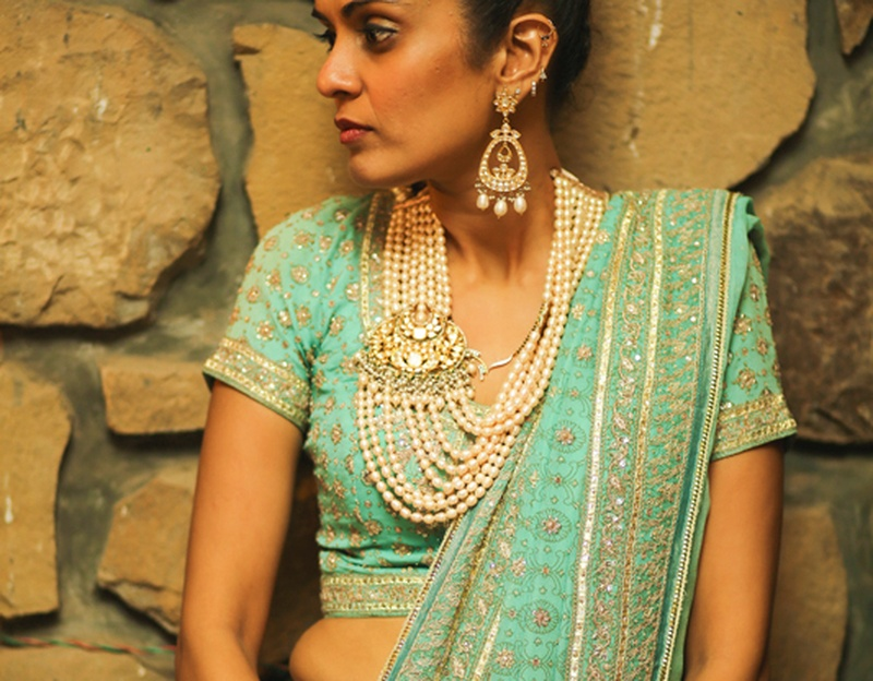 Trendy and Unique Asymmetrical Bridal Jewellery Designs for Your Mehndi and Sangeet