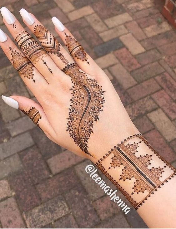 modern stylish mehndi design