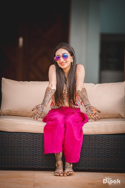 Beautiful Bridal Mehndi for hands and feet