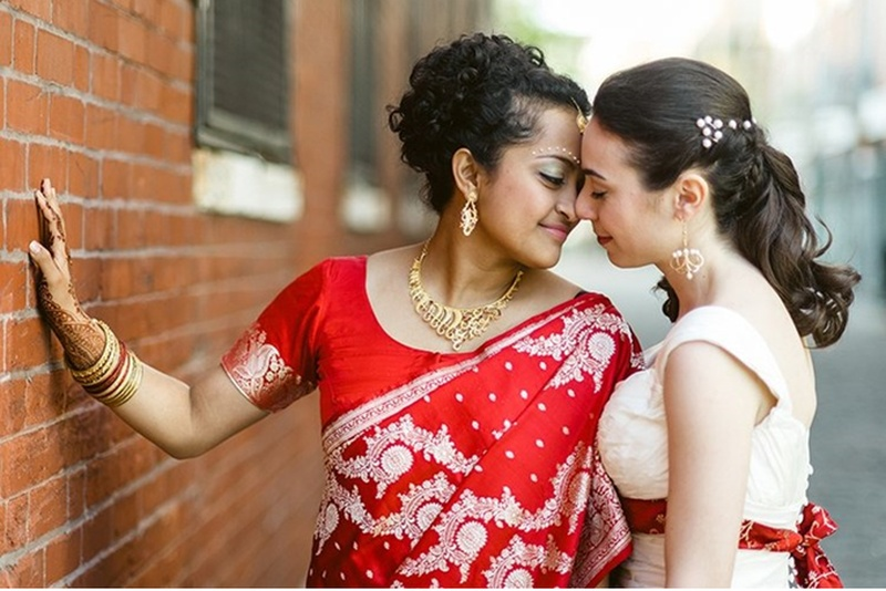 15 Heart-Warming Pictures Of LGBT Indians That Found Love And Got Married, Irrespective Of Gender, Race And Colour.