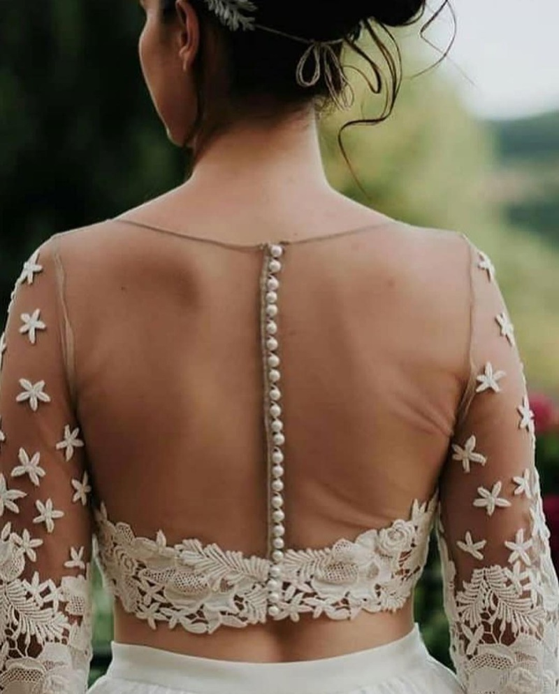 Back Blouse Design Using Lace