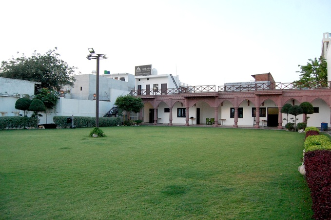 Mayassar Party Lawn Sarojini Nagar Lucknow - Wedding Lawn