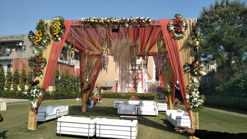 Baradari Greens Sector 14 Gurugram - Banquet Hall
