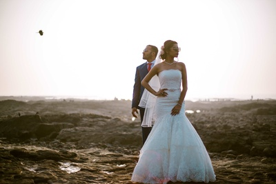 The couple posing at bandra fort