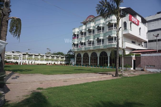 a photo of Girdhar Mahal