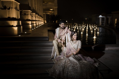 The couple look regal, blissful and totally stunning against this mesmerizing setting!