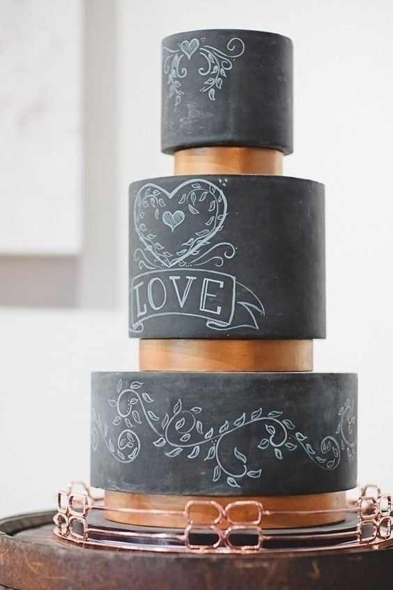 Make the whole chalkboard wedding cake your blank canvas!