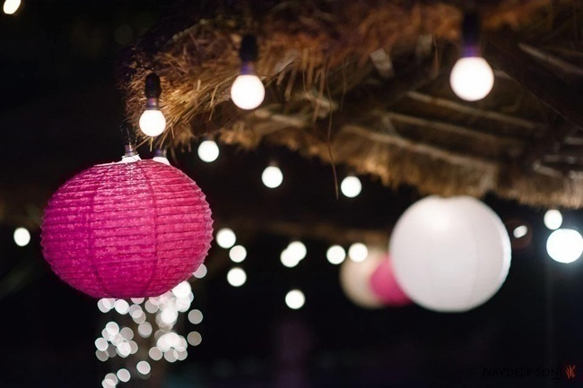 Paper Lanterns – Subtle Inclusions That Uplift the Moods Literally!