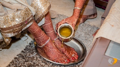 Wedding ritual with gold sequins