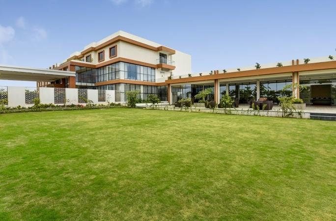 Ramada By Wyndham Yelahanka Bangalore - Wedding Lawn