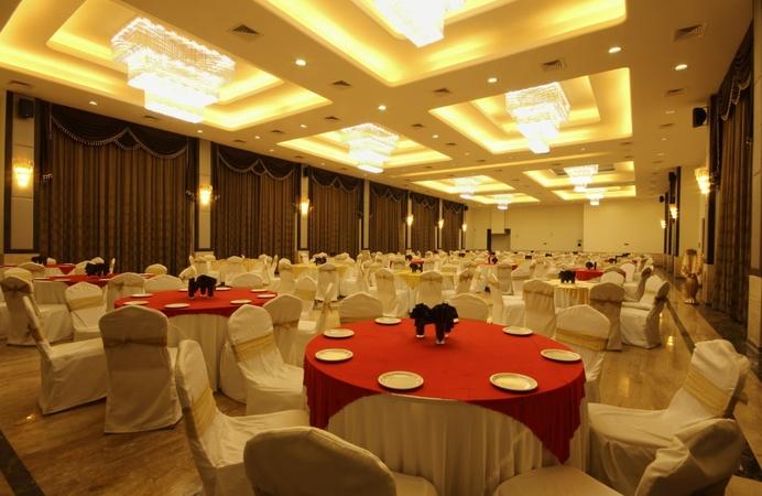 Khanvel Resort New Textile Market Surat - Banquet Hall