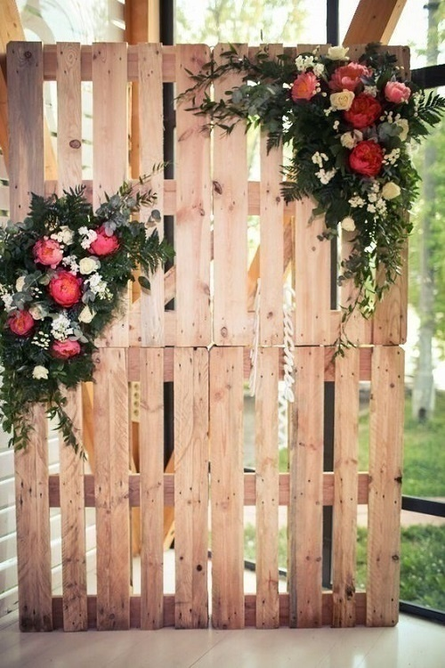 Wooden Pallets Photo Booths