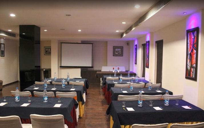 'A' Hotel Jawahar Nagar Jalandhar - Banquet Hall