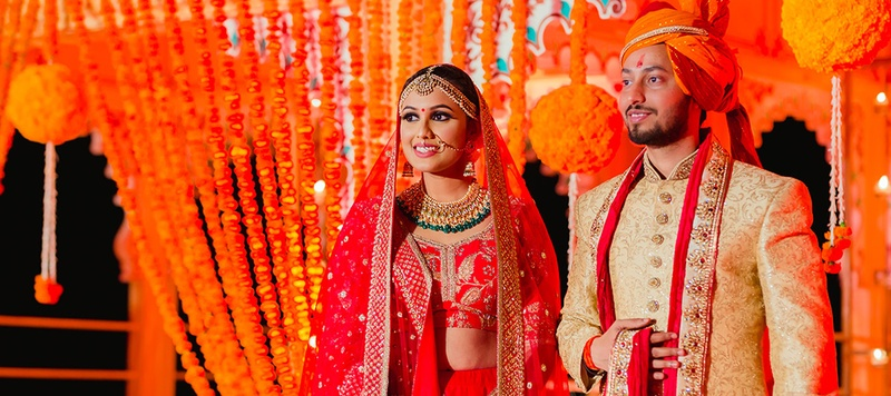 Devesh & Swati Udaipur : This Udaipur wedding held in Chunda Palace with a Sabyasachi bride is too gorgeous too handle!
