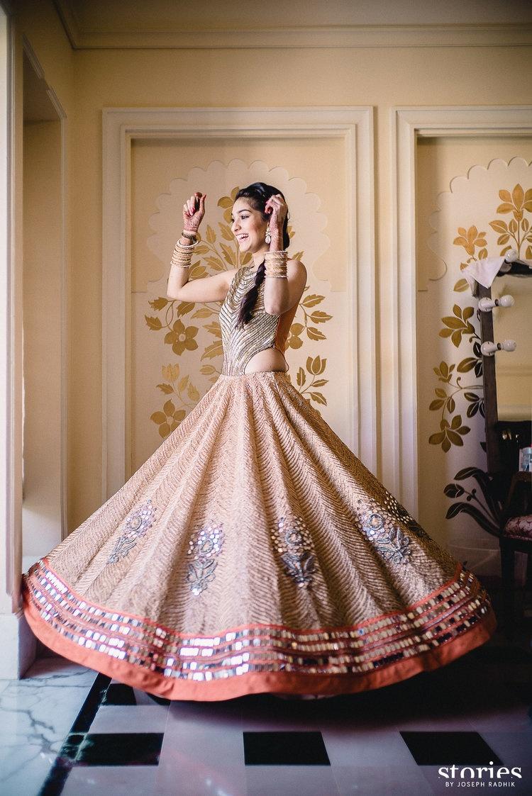 15 Stunning Indian Wedding Dresses For Bride S Sister Bridal Wear Wedding Blog