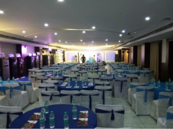 Om Leisure Resort Puri Baliapanda Puri - Banquet Hall