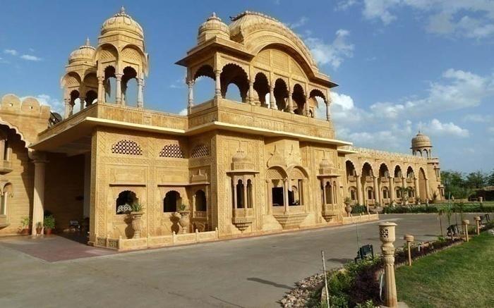 Fort Rajwada - NH-8