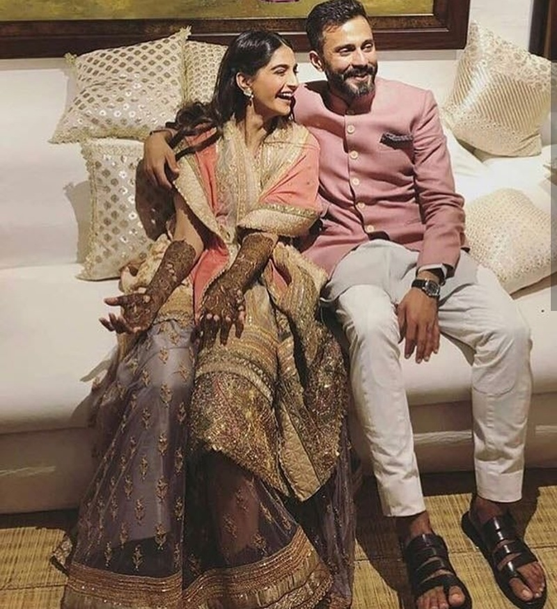 54f02ef1dc0b57 Because only a fashionista bride like Mrs. Kapoor-Ahuja can wear the shades  of lilac, peach and white lehenga colour ...