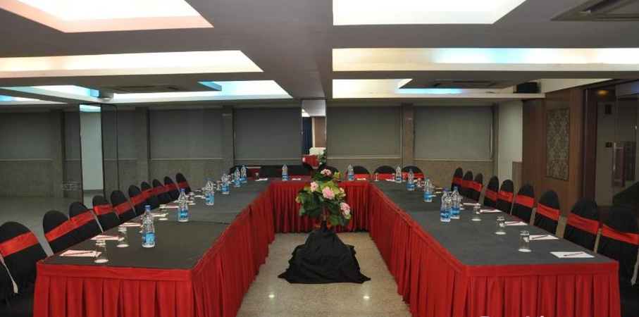 Hotel The Elements Gosaintola Ranchi - Banquet Hall