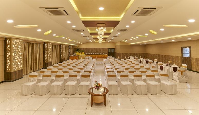 Hotel Ramanshree Richmond town Bangalore - Banquet Hall